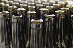 bottles-203838_640