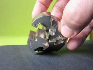 metal-puzzle-639942_640